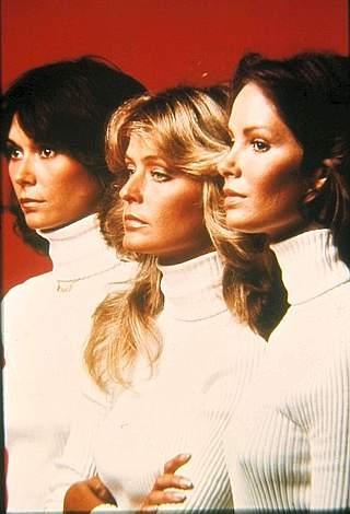 Farrah Fawcett (al centro) ai tempi delle Charlie's Angels (Markanews)