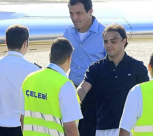 Il pilota della Ferrari Felipe Massa è stato dimesso dall'ospedale di Budapest dove era ricoverato dopo l'incidente di sabato 25 luglio nelle prova del Gp d'Ungheria (Reuters)