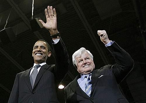 Ted Kennedy con il presidente degli Stati Uniti Barack Obama (Reuters)
