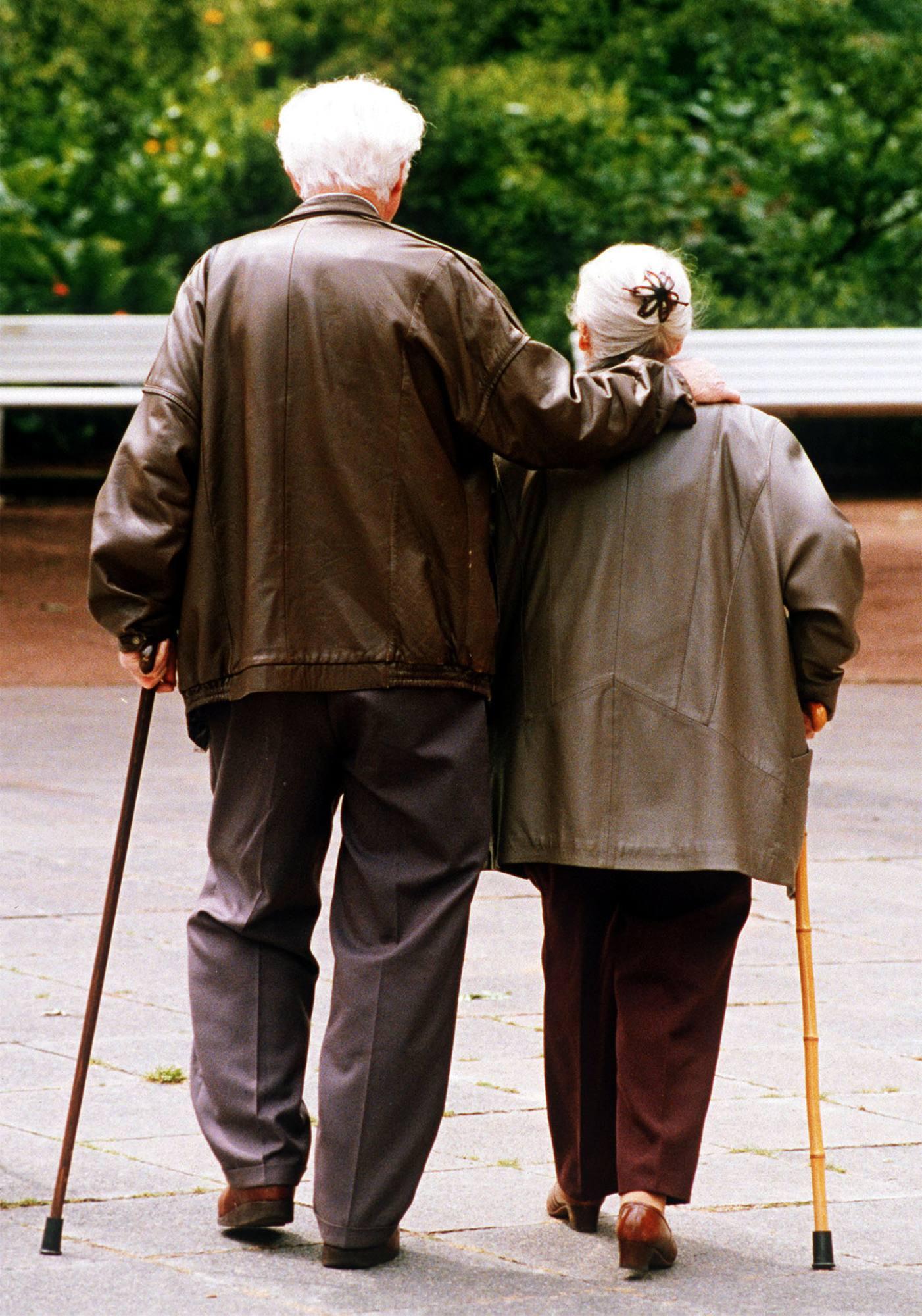 Ora la germania esporta anziani in fuga dalla crisi - La germania cucine opinioni ...