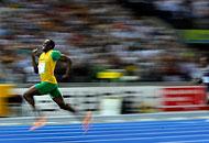 Il giamaicano Usain Bolt nuovo recordman dei 100 e 200 metri piani. Foto da Corriere.it
