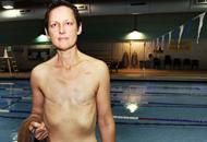 In topless in piscina, lha ordinato il medico - Corriere.it