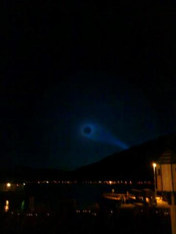 Ecco la misteriosa spirale di luce apparsa nei cieli della Norvegia