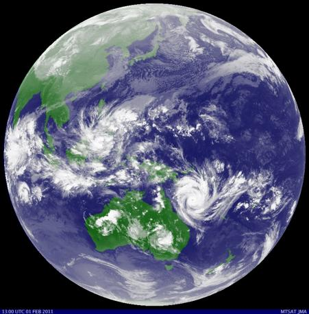 Il ciclone Yasi visto dal satellite della Japan Meteorological Agency  (Reuters)