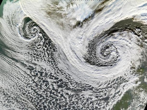 Spettacolare immagine satellitare... Nasa_10_672-458_resize