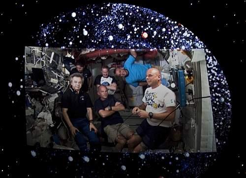 Guy Laliberté, fondatore del Cirque du Soleil, ha diretto il mega evento «Dalla Terra alle stelle per l'acqua» in diretta dalla Stazione spaziale internazionale (Ap)